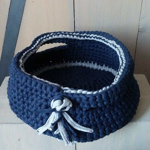 gehaakte mand-grijs-donker blauw-rond-liznoah-02