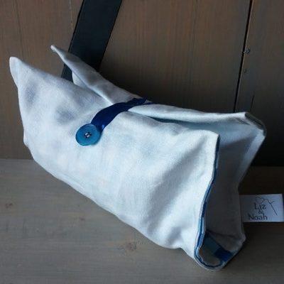 clutch-wit-linnen-blauwe-ruit-liznoah-02