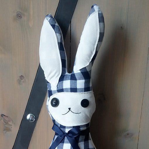 konijntje-knuffel-blauwen-ruit-liznoah-04