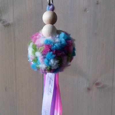 pompon-gemelleerd-roze-blauw-liznoah-03