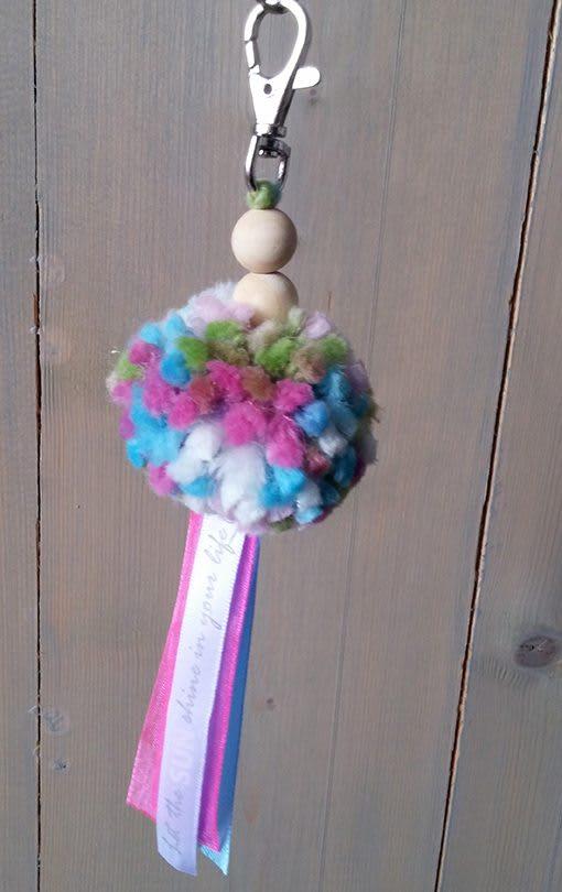 pompon-gemelleerd-roze-blauw-liznoah-09