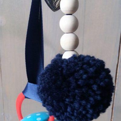 speenhouder-donker-blauw-hanger-hartje-klipje-liznoah-05