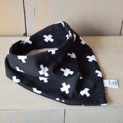 bandana-kruisjes-zwart-wit-www.liznoah.nl-002