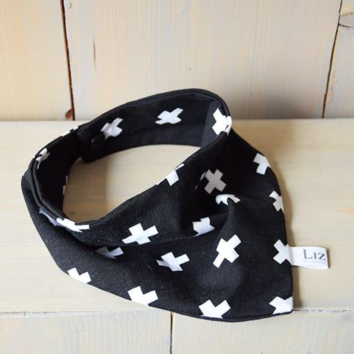 bandana-kruisjes-zwart-wit-www.liznoah.nl-02